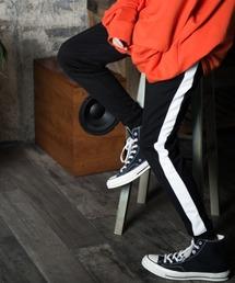 【BASQUE -enthusiastic design-】T/Cポンチサイドラインジョガーパンツブラック