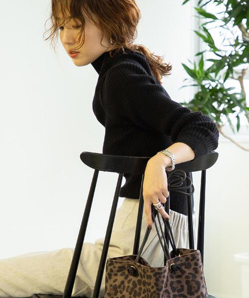 【デオドラント】リブタートルネックプルオーバー
