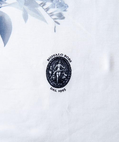 BUFFALO BOBS(バッファローボブズ)の「BOUQET(ブーケ)花柄プリント Vネック Tシャツ(Tシャツ/カットソー)」 詳細画像