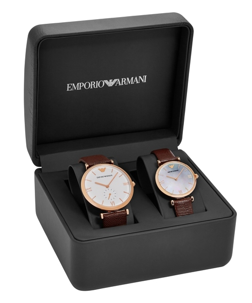 EMPORIO ARMANI(エンポリオアルマーニ)の「GIANNI T-BAR / PAIR SET AR9042(腕時計)」|ダークブラウン