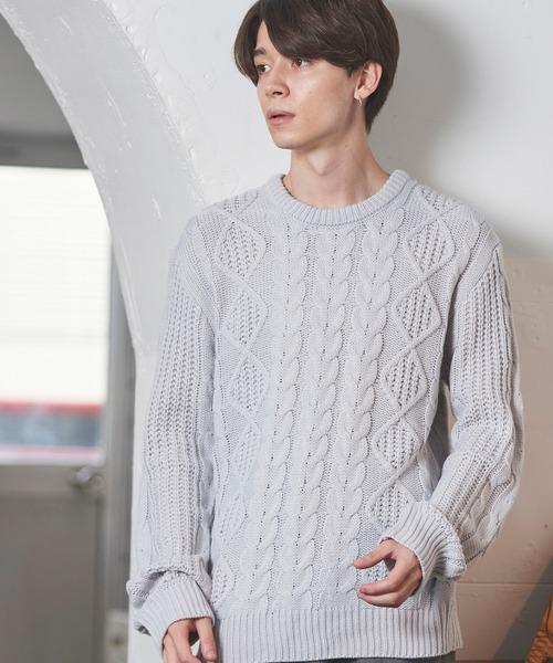 オーバーサイズアラン編みクルーネックケーブルニットセーター