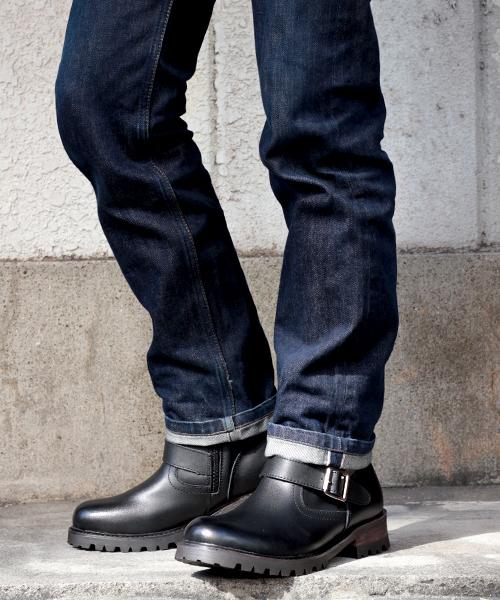 Dedes(デデス)の「牛革使用!ファスナー付きで簡単に履ける!履いた時のシルエットがきれいなエンジニアブーツ/5229(ブーツ)」|ブラック