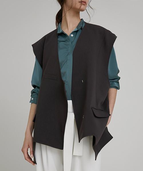 【UNSPOKEN】Over shoulder vest FAZ20036chw