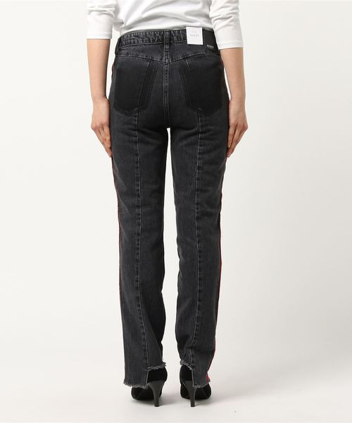 CLAUDIA SIDE LINE RANDOM CUT OFF DENIM PANT