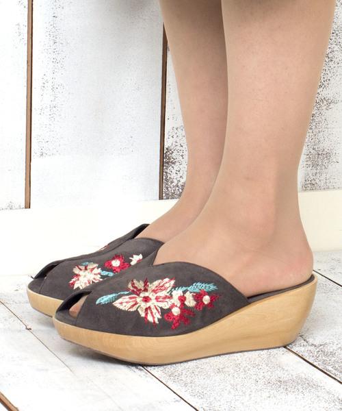 刺繍変形ヒールサボ