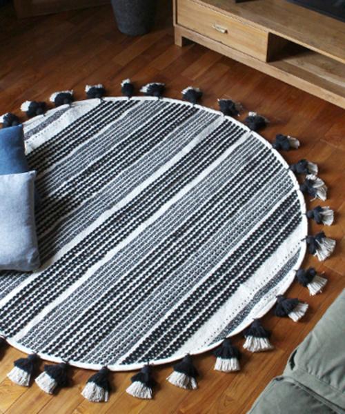 a.depeche(アデペシュ)の「cotton rug 2154 circle / コットンサークルラグマット(ラグ/マット)」|ブラック×ホワイト