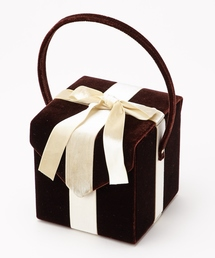 ふりふ(フリフ)の【KIMONO姫�O掲載商品】ギフトボックスバッグ(ハンドバッグ)