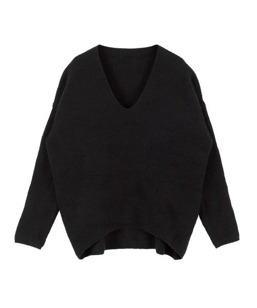 titivate(ティティベイト)の「ふわふわVネックニットプルオーバー(ニット/セーター)」|ブラック