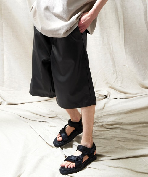 シンセティックレザー ワイド2タックショーツ EMMA CLOTHES 2021SS