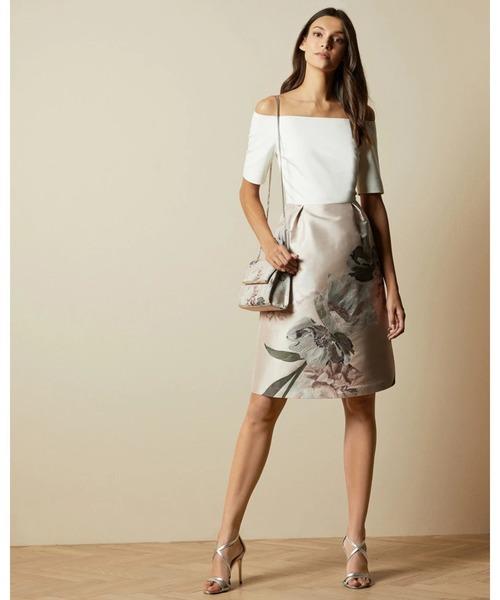 Ted Baker(テッドベーカー)の「CATHIEY フラワープリント オフショルダー ドレス(ドレス)」|ピンク系その他4