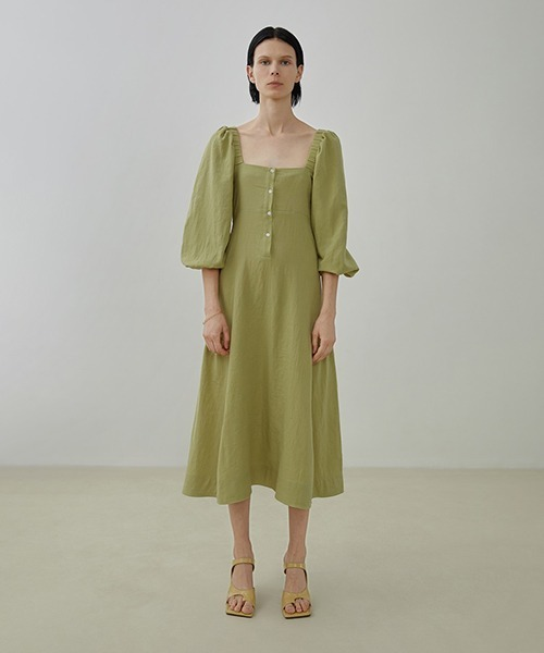 【UNSPOKEN】square neck flare dress UX20L633chw