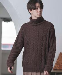 MONO-MART(モノマート)の「オーバーサイズアラン編みタートルネックケーブルニットセーター(ニット/セーター)」