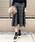 AZUL ENCANTO(アズールエンカント)の「【静電気 軽減効果】タックフレアチェック柄スカート(スカート)」|グレー