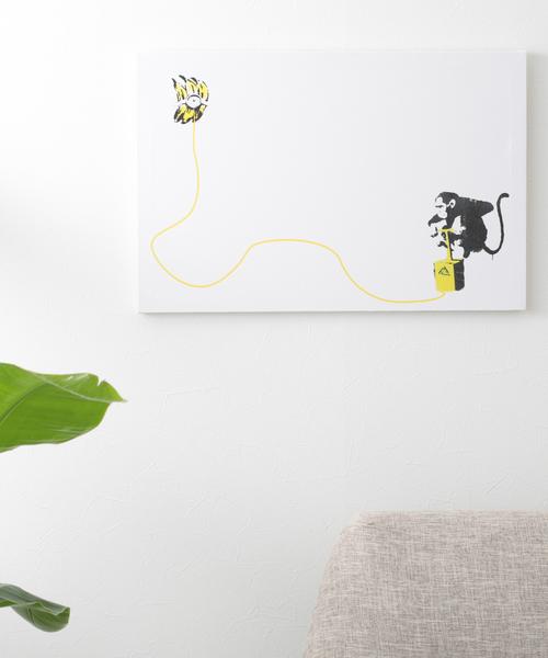 ABBEY MARKET(アビーマーケット)の「バンクシー アートキャンバス(インテリア雑貨)」|ホワイト×イエロー