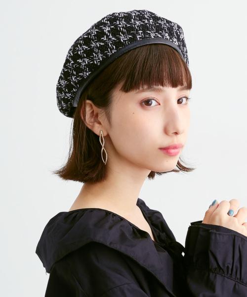 merlot(メルロー)の「ツィードライクパイピングベレー帽3053(ハンチング/ベレー帽)」|ブラック