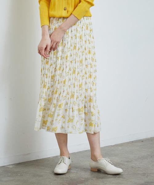 ROPE' PICNIC(ロペピクニック)の「フラワーランダムヘムプリーツスカート(スカート)」|ホワイト