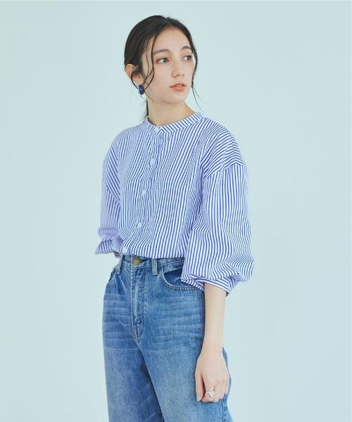 titivate(ティティベイト)の「ボリューム袖ストライプバンドカラーシャツ(シャツ/ブラウス)」|ホワイト×ブルー