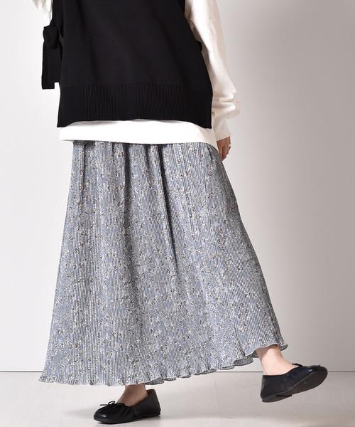 細プリーツ柄スカート