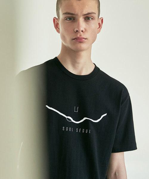 UNCENSORED Seoul 漢江 半袖Tシャツ