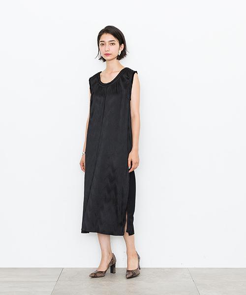 【muller of yoshiokubo】STUDIOUS 別注ウェーブプリーツOP