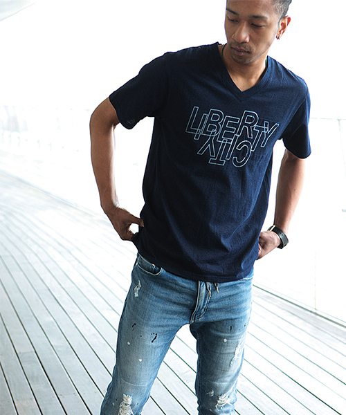 【LIBERTY CITY/リバティーシティ】[UPSIDE-DOWN] インディゴブルー VネックTシャツ