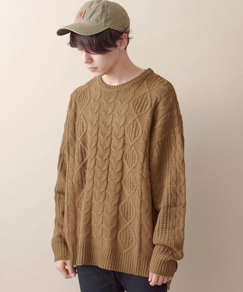 オーバーサイジングアラン編みヘムラインケーブルニットセーター