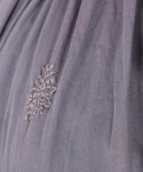 コットンサテン刺繍ワンピース