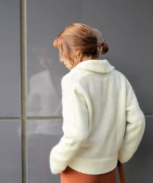 モチっとした素材×シャイニー糸◆立体シルエットカシュクールデザインウールブレンド長袖ニットトップス