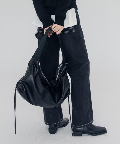 【chuclla】Medium wide shoulder bag cha200