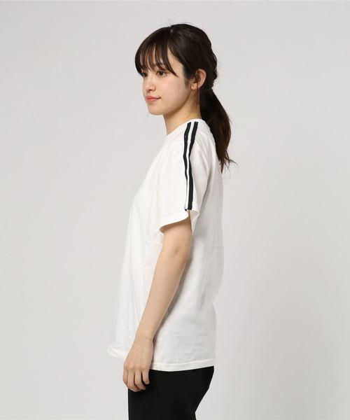 WC/2ラインボックスロゴTシャツ