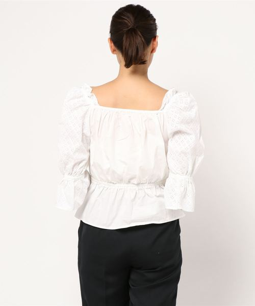 SHOULDER FRILL TOPS