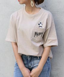 Disney(ディズニー)のWEB限定 Disney(ディズニー)ミッキーinポケットビッグTシャツ(Tシャツ/カットソー)