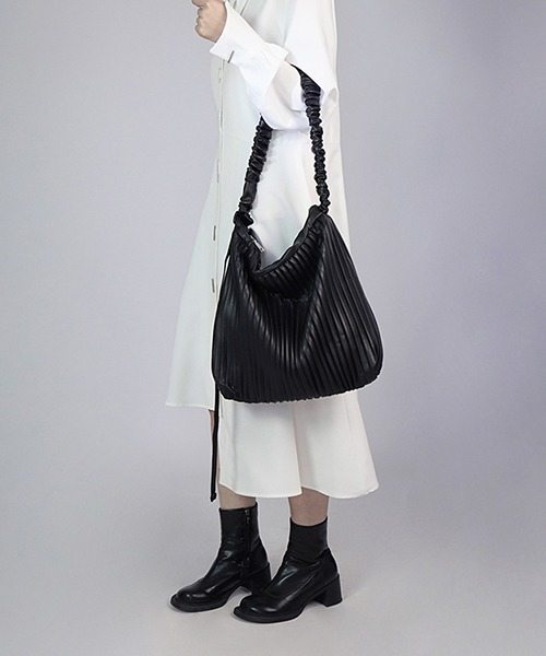 【chuclla】Pleats shoulder 2way bag cha201