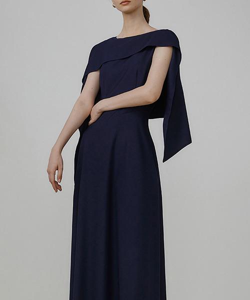 【UNSPOKEN】Shawl shaped asymmetry dress UX21L032