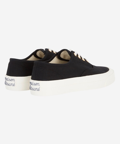 CANVAS LACED SNEAKER