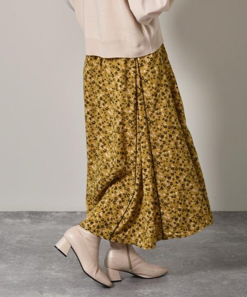 パイピング柄マーメイドスカート