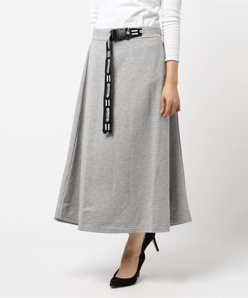 ロゴテープベルト付きスカート マキシフレアスカート