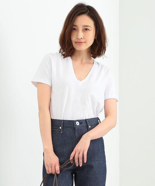 Demi-Luxe BEAMS(デミルクス ビームス)の「AURALEE / シームレス VネックTシャツ(Tシャツ/カットソー)」|ホワイト