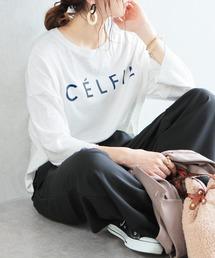 """reca(レカ)の【スタッフおすすめ】ゆったりストレスフリーの着心地ロゴtシャツ """"CELFIE""""(Tシャツ/カットソー)"""