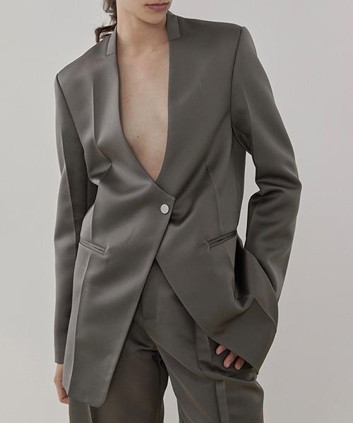 【UNSPOKEN】Plunging collar jacket UD20W059