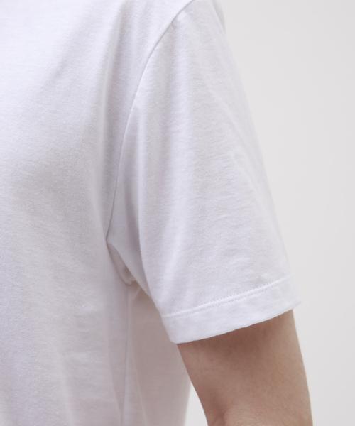 LOVELESS(ラブレス)の「【Safari10月号掲載】ポリクレスト ロゴ VネックTシャツ(Tシャツ/カットソー)」|詳細画像