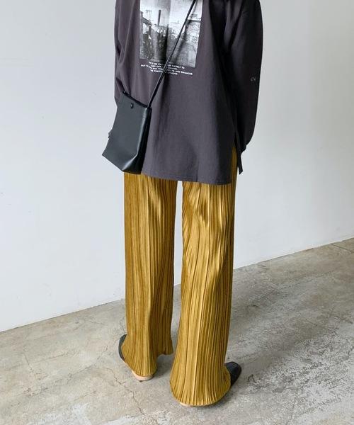 Lian(リアン)の「スエードタッチプリーツパンツ(その他パンツ)」|イエロー