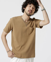 nano・universe(ナノユニバース)の編み立てリブVネックTシャツ(Tシャツ/カットソー)