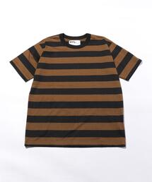 <MHL.> WIDE STRIPE T/Tシャツ