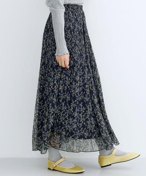 merlot(メルロー)の「花柄プリーツスカート1783(スカート)」 ネイビー