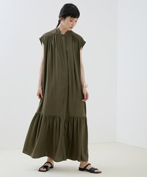 【EMMA】とろみノースリーブ裾切り替えティアードシャツワンピースカーキ