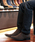 LASSU&FRISS(ラスアンドフリス)の「スクエアトゥ ロングノーズサイドゴアブーツ(ブーツ)」|ブラウン系その他