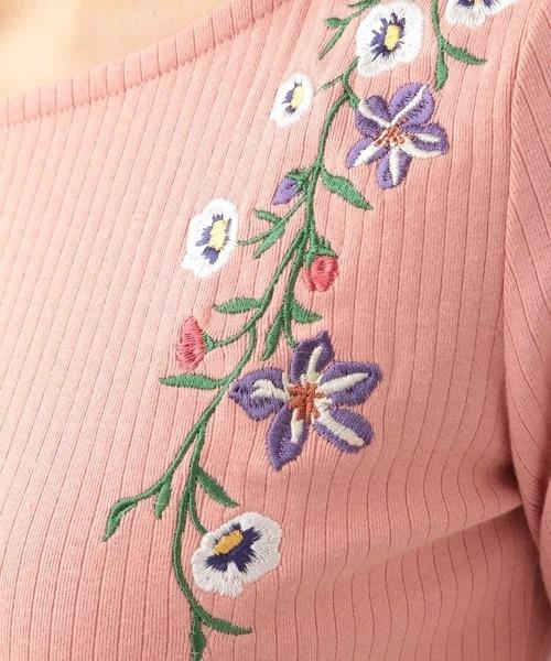 刺繍リブカットソー