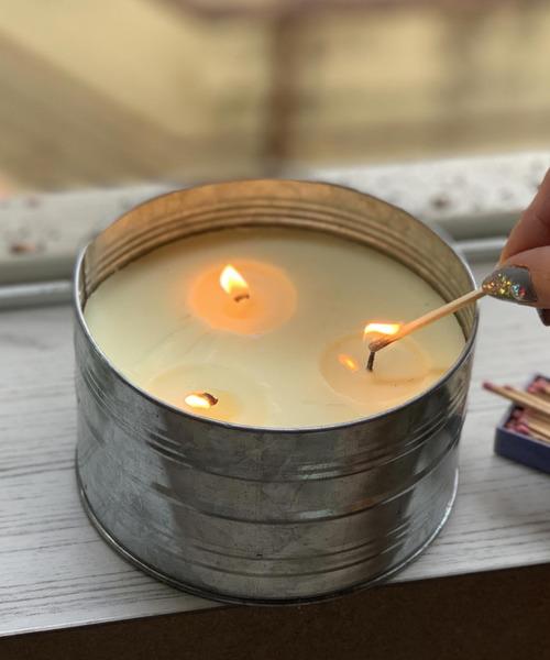 キャンドル アロマ アロマキャンドルの8つの効果がすごい!今人気の香りもご紹介!