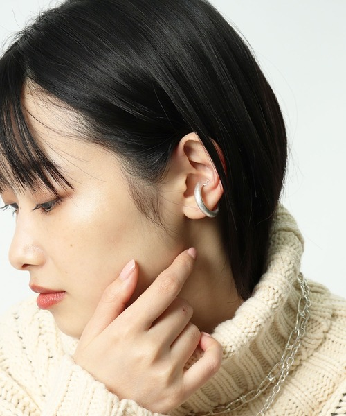 Thick ear cuffs・・